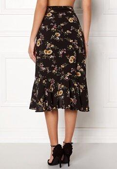 ONLY Ella Flounce Skirt Flowers Bubbleroom.fi