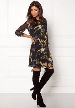 ONLY Katrine Dress L/S Black/Flower Bubbleroom.se