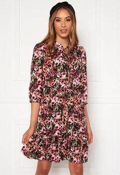 ONLY Lavin 3/4 Short Dress Black AOP Neon Flowe bubbleroom.se