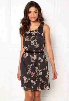 ONLY Lia Lace S/L Knee Dress Phantom Wonderland Bubbleroom.se