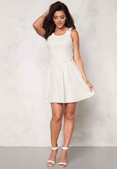 ONLY Line fairy lace dress Whisper White Bubbleroom.dk