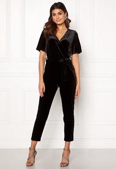 ONLY Luxe Velvet SS Jumpsuit Black Bubbleroom.se