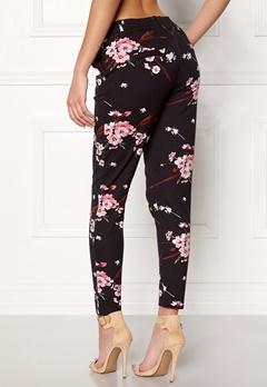 ONLY Poptrash Easy Print Pant Black/Flower Bubbleroom.fi