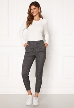 ONLY Poptrash Soft Check Pant Black/Cloud Dancer Bubbleroom.se
