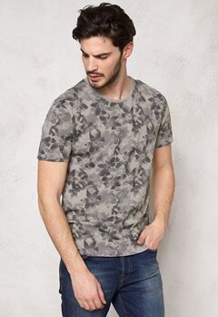 ONLY & SONS Mang O-Neck Griffin Bubbleroom.se