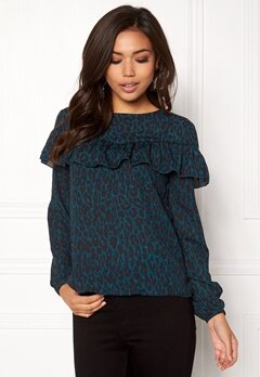 ONLY Sui L/S Ruffle Top Aop Reflecting Pond 1 Bubbleroom.se