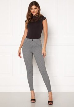 ONLY Taylor Check Leggings Black AOP:houndtooth Bubbleroom.se