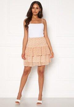 Pieces Anabelle Smock Skirt Apricot AOP Flower Bubbleroom.se