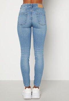 Pieces Delly MW Jeans Light Blue Denim Bubbleroom.se