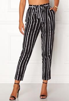 Pieces Drena MW Ankle Pants Black Stripes Bubbleroom.se