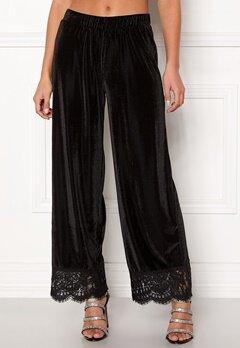 Pieces Kera MW Cropped Pants Black Bubbleroom.se