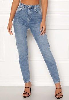 Pieces Leah Mom HW Ankle Jeans Light Blue Denim Bubbleroom.se