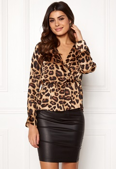 Pieces Marine LS Wrap Top Black/Nature Leopard Bubbleroom.se