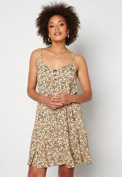 Pieces Nya Slip Button Dress Black AOP bubbleroom.se