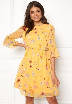 Pieces Silje 3/4 Dress Buff Yellow Bubbleroom.se