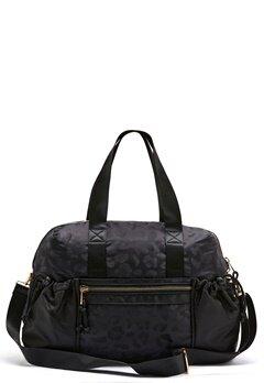 Pieces Siluna Nylon Weekend Bag Black AOP Leo Bubbleroom.se