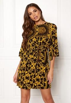 AX Paris Printed Flared Dress Black Bubbleroom.se