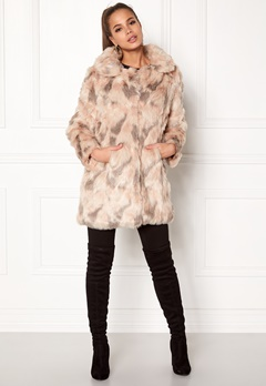 QED London Abstract Faux Fur Coat Abstract Blush Bubbleroom.se