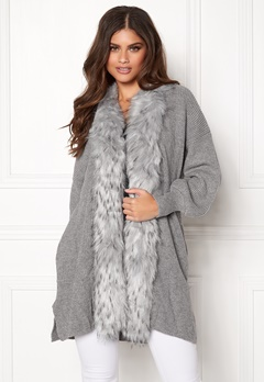 QED London Faux Fur Long Cardigan Grey Bubbleroom.se