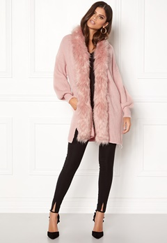QED London Faux Fur Long Cardigan Pink Bubbleroom.se
