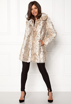 QED London Leopard Faux Fur Coat Snow Leopard Bubbleroom.no