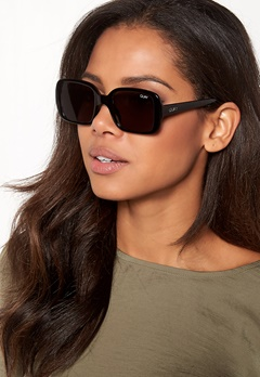Quay Australia 20 Sunglasses Black/Smoke Lens Bubbleroom.se