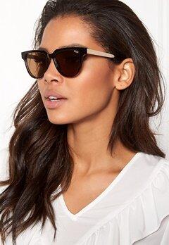 Quay Australia Prime Time Sunglasses Black/Brown Bubbleroom.se