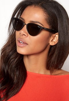 Quay Australia Rumours Sunglasses Black/Smoke Lens Bubbleroom.se