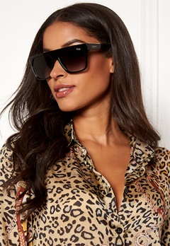 Quay Australia Very Busy Sunglasses Black /Smoke Fade Bubbleroom.se