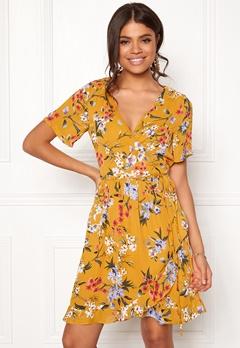 Rut & Circle Eleonor Wrap Dress Yellow Flower Bubbleroom.se