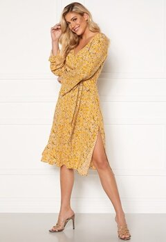 Rut & Circle Vicky Dress Mellow Yellow Bubbleroom.se
