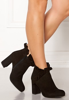 SARGOSSA Flourish Suede Boots Black Bubbleroom.se