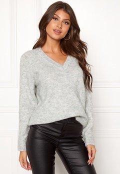 SELECTED FEMME Lanna LS Knit V-neck Light Grey Melange Bubbleroom.se