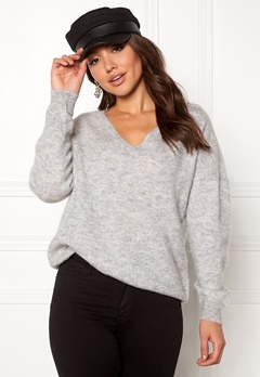 SELECTED FEMME Livana LS Knit V-neck Light Grey Melange Bubbleroom.se