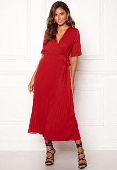 SELECTED FEMME Piper 2/4 Wrap Dress True Red Bubbleroom.se