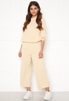SELECTED FEMME Tenny MW Cropped Wide Pant Birch bubbleroom.se