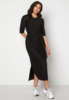 SELECTED FEMME Terle 2/4 Midi Plisse Dress Black Bubbleroom.se