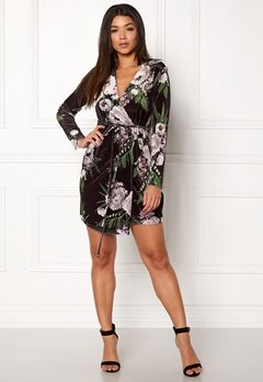 Sisters Point Cobo Dress 001 Black/Flower Bubbleroom.fi