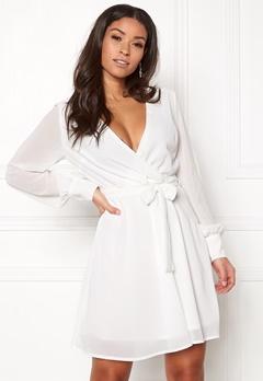 Sisters Point Gerdo Dress 100 White Bubbleroom.se