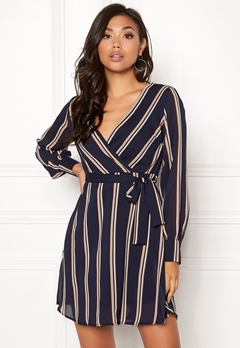 Sisters Point Gerdo Dress 441 Navy Stripes Bubbleroom.se