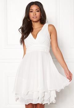 Sisters Point Germ Dress 100 White Bubbleroom.se
