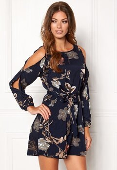 Sisters Point Narva-11 Dress Navy/flower Bubbleroom.no