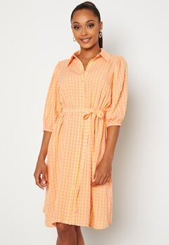 Sisters Point Vibby Dress 841 L. Pink/Banana Bubbleroom.se