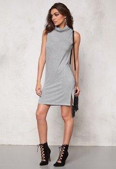 SOAKED IN LUXURY Nixie Dress Light Grey Melange Bubbleroom.no