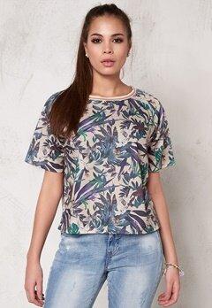 SOAKED IN LUXURY Tassa T-Shirt Tropical Print Bubbleroom.se