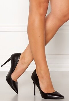 Steve Madden Daisie Pumps Black Leathe Bubbleroom.se