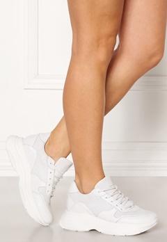 Steve Madden Zela-P Leather Sneaker 107 White Leather Bubbleroom.se