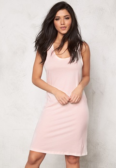 Svea Amaila Dress Pale Pink Bubbleroom.fi