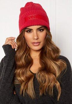 Svea Big Badge Svea Hat 400 Red Bubbleroom.se