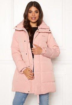 Svea Slim Fit Padded Jacket 505 Soft Pink Bubbleroom.se